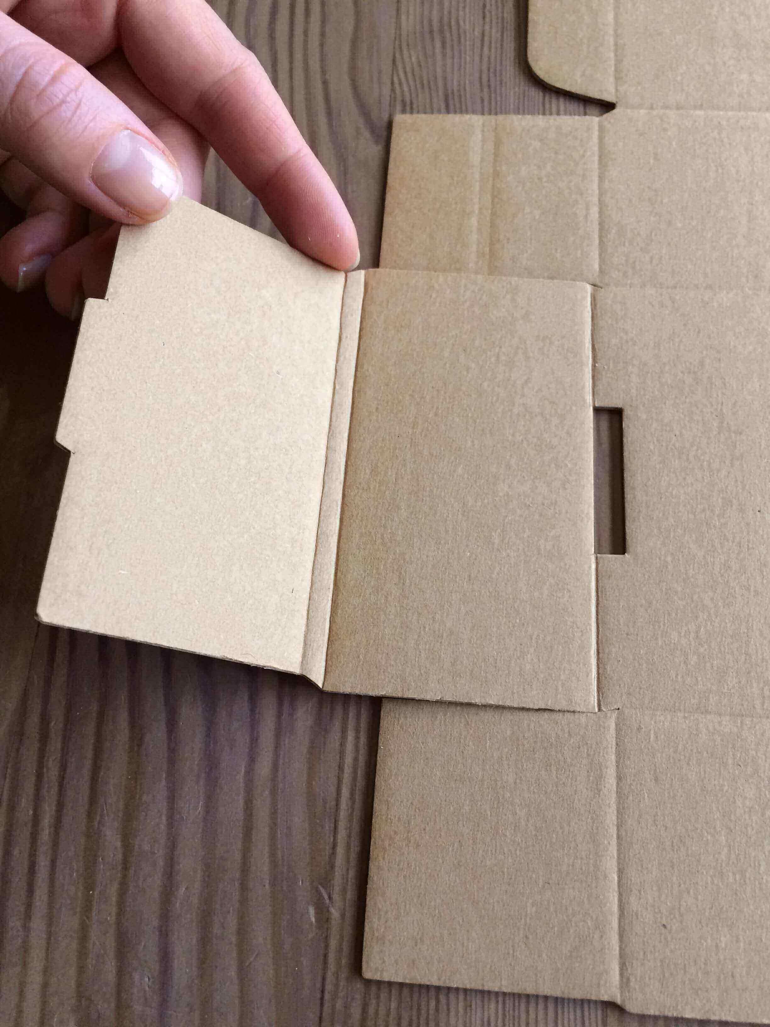 folding boxes_packhelp_3