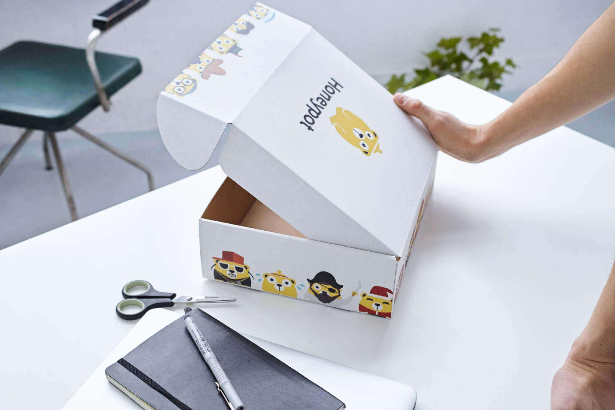 Packhelp Caja Postal Eco Color