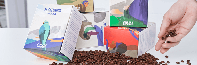 Inspírate en estas 5 cajas postales para renovar el packaging de tu negocio