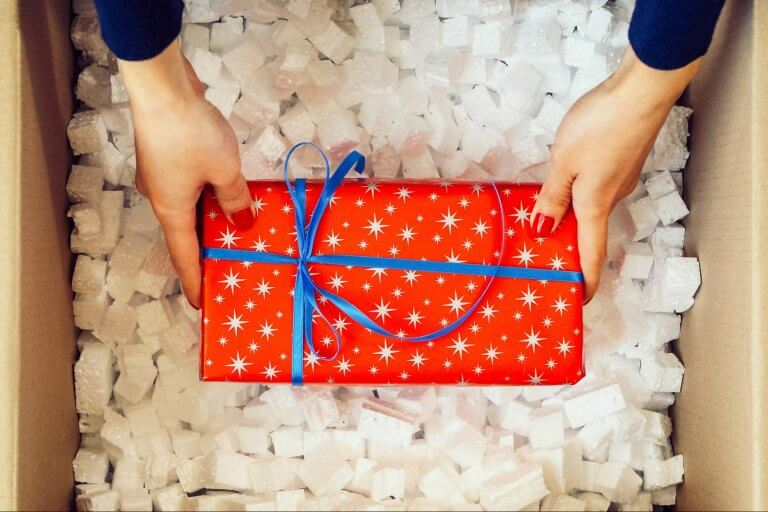 How to Handle Common Holiday Shipping Issues