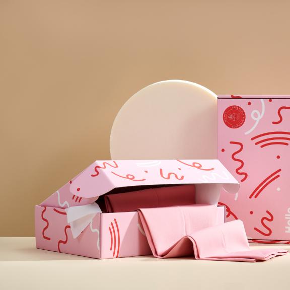 pudełko różowe fasonowe